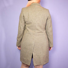 Load image into Gallery viewer, Vintage Tan Brown Herringbone Tweed Coat Size UK10