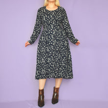 Load image into Gallery viewer, Vintage 90s Navy and Beige Dress Size UK8/10