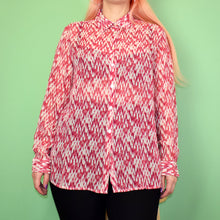 Load image into Gallery viewer, Vintage Red and White Printed Shirt Size UK12