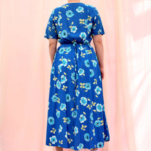 Load image into Gallery viewer, Vintage 90s Blue Floral Dress Size UK12/14