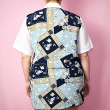Load image into Gallery viewer, Vintage 90s White and Blue Printed Short Sleeve Blouse Size UK12