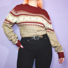 Load image into Gallery viewer, Vintage 90s Red and Beige Jumper Size UK12/14