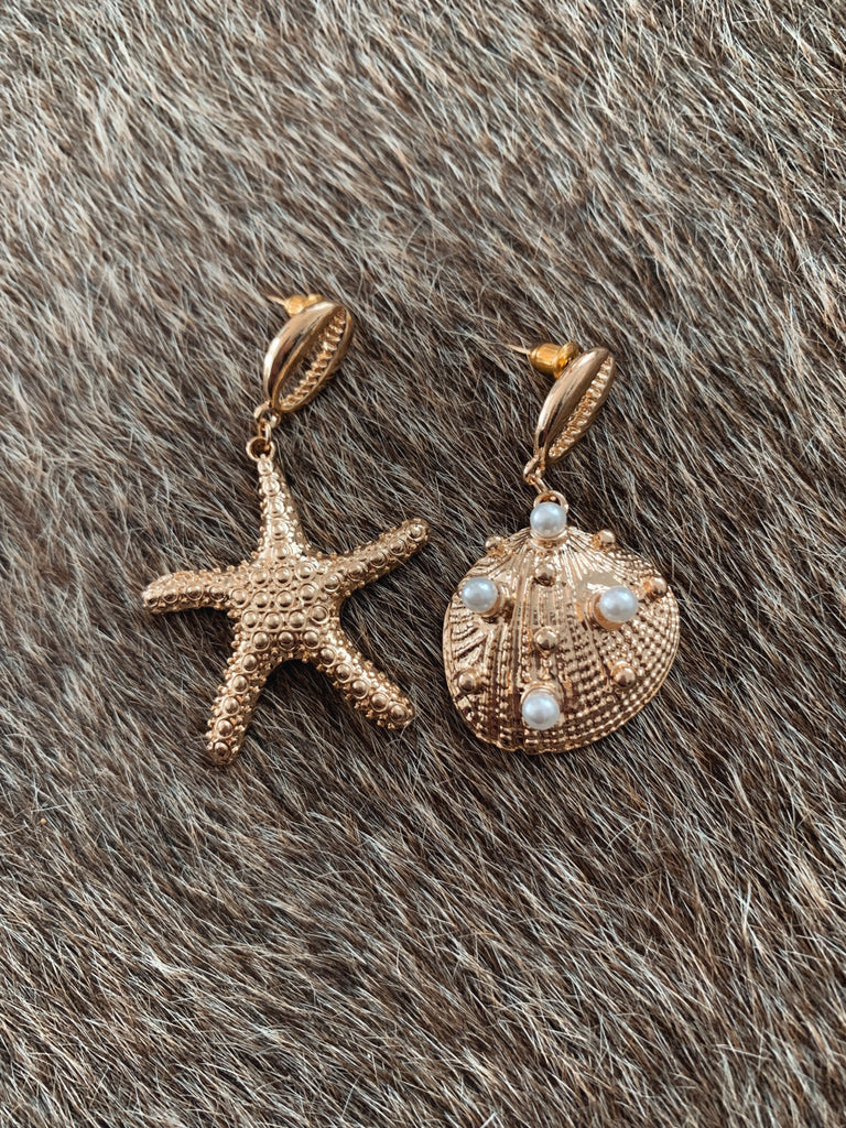 Ariel Star Earrings