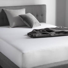 Load image into Gallery viewer, Bedder Hotel Sheet Set
