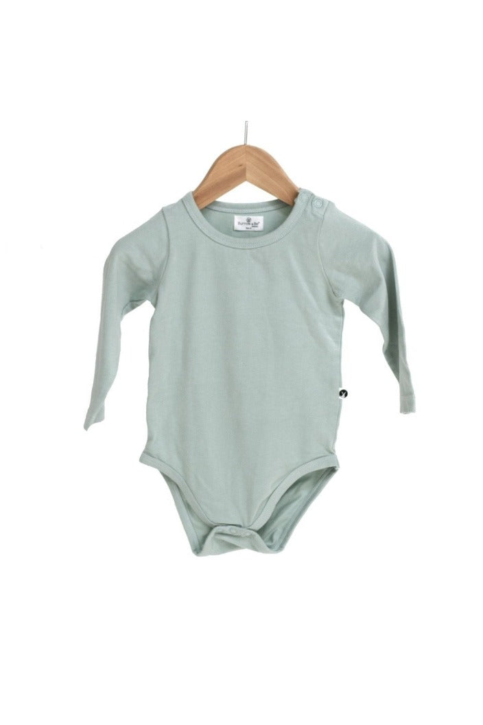 BURROW & BE - ESSENTIALS LONG SLEEVE ONESIE - MIST - SIZE: 0-3MONTHS