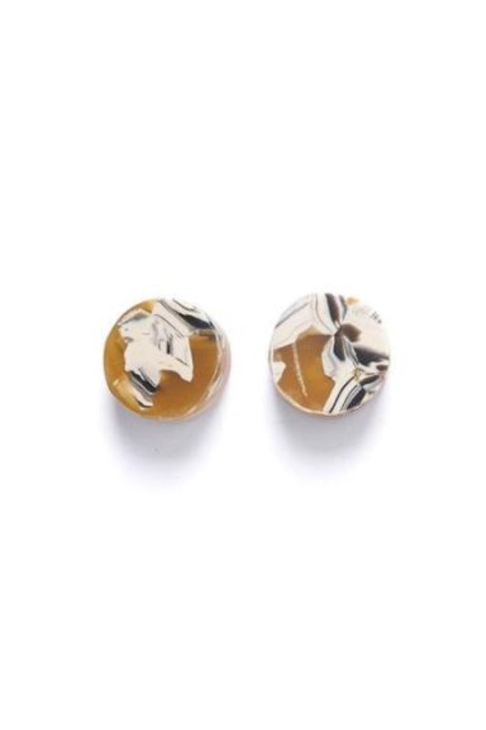 BISCUIT RESIN AND WOOD STUD - BUTTERSCOTCH-Tempted Kensington-Tempted Kensington