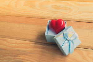 5 Meaningful Gifts to Show Someone You Care
