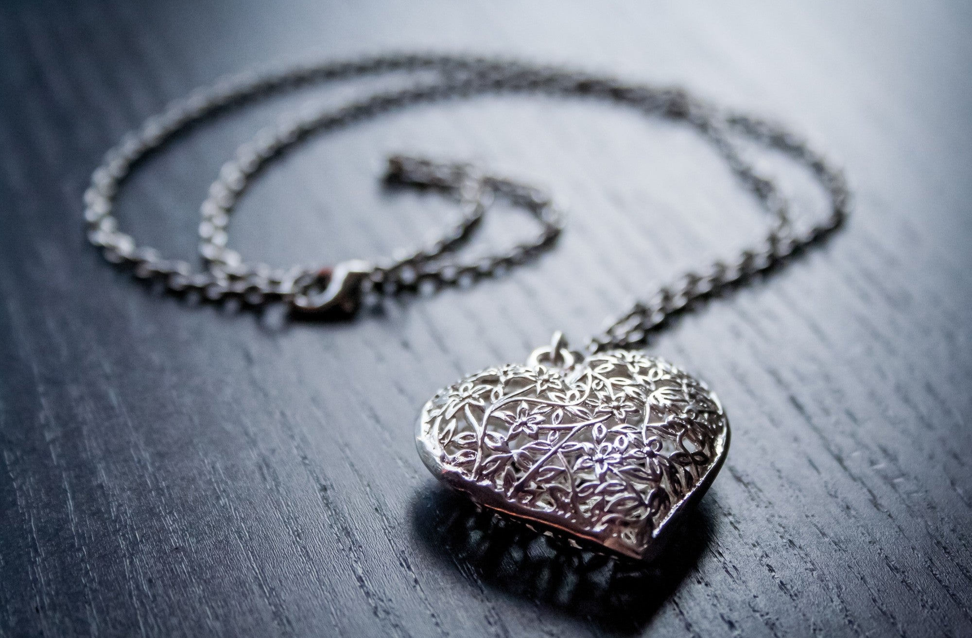I Love You Mom: The Best Mother's Day Jewelry