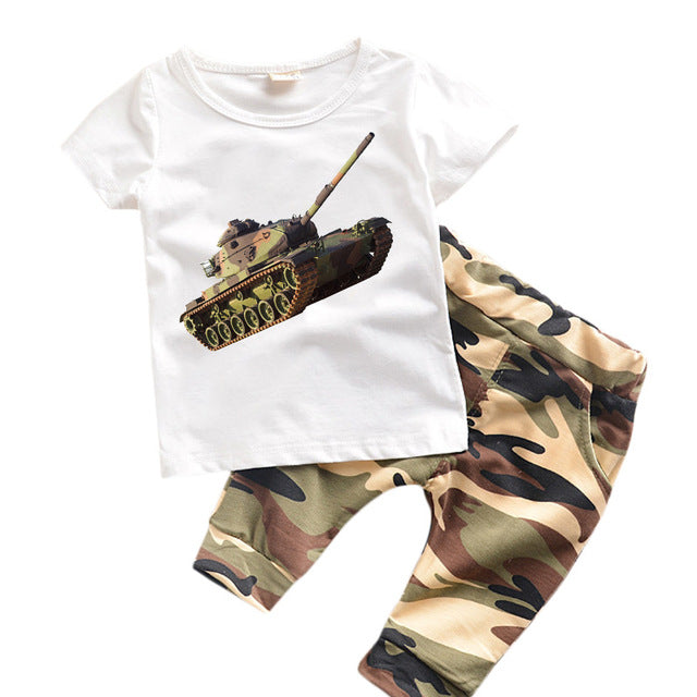 Kids Camouflage T-shirt x Pants Set