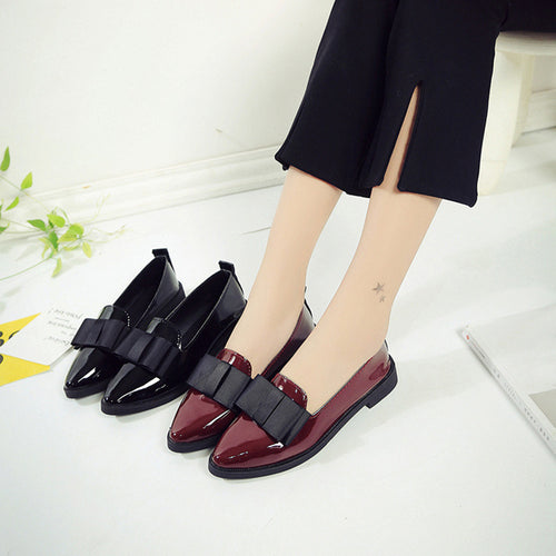 Women Pointed Toe Oxford Shoe