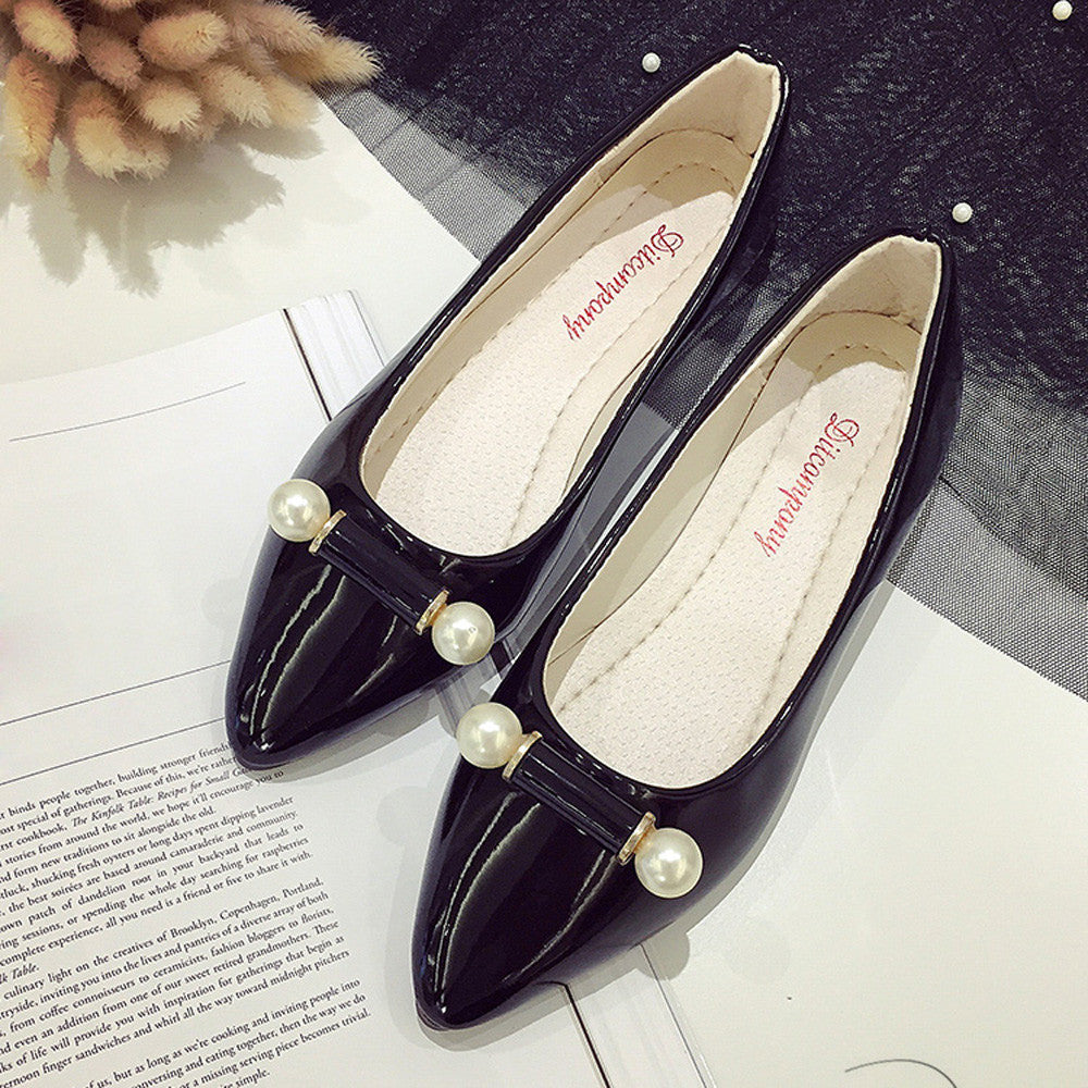 Women Pearl Breathable Flat Shoes