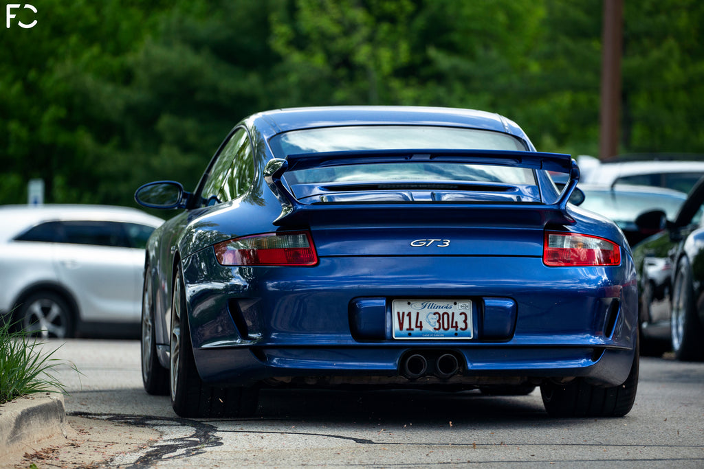 Checkitout Chicago: Blue 997.1 GT3 rear shot arriving to meet