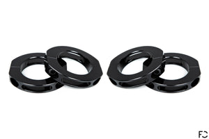 Four CNC machined roll bar collars help prevent your harnesses from sliding off during visceral driving