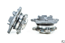Load image into Gallery viewer, Future Classic - BMW E9X M3 / E82 1M M14 Front Hub Set