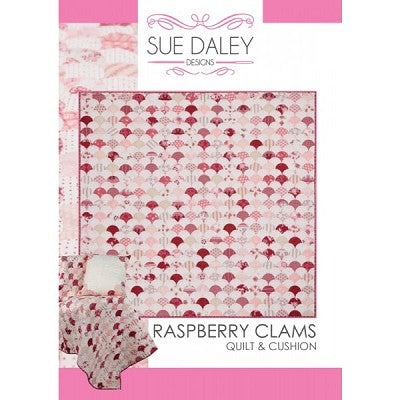 Rasperry Clamshells Quilt af Sue Daley