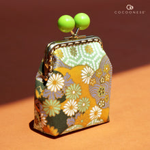 Load image into Gallery viewer, Clutch Purse - Hinagiku (Apple Green)