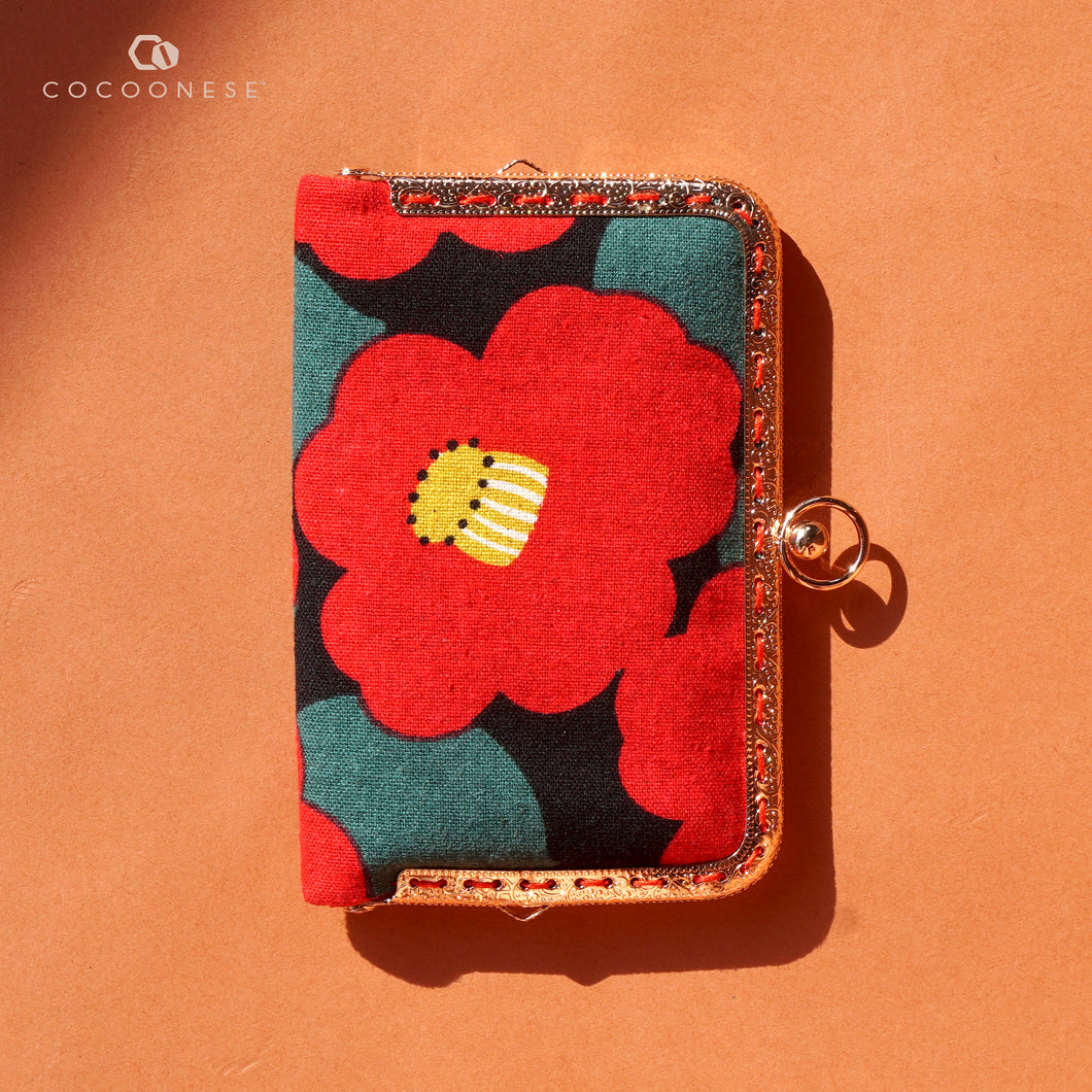 Kiss Clasp Card Holder - Camellia Japonica
