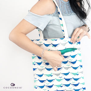 Canvas shoulder bag with Zip Pocket - Whale