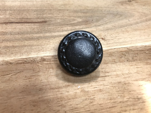 Black Chain Leather Button