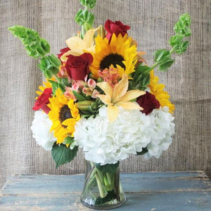 DELIGHTFUL SUMMER BOUQUET