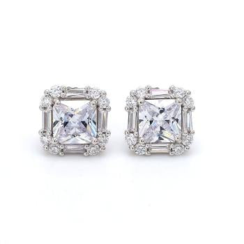 Stunning AD Square Solitaire