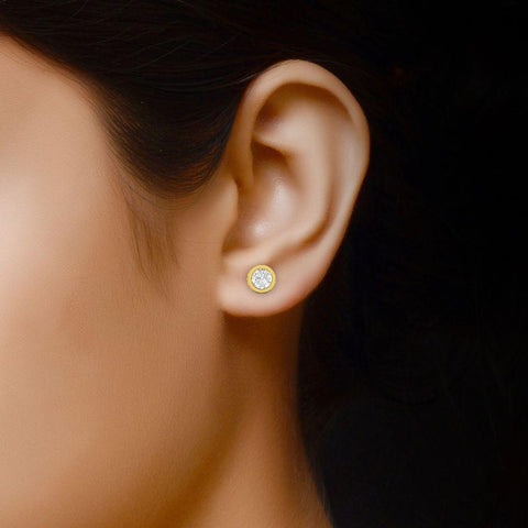 Image of 14K Round Yellow Gold Stud Earrings with Diamond