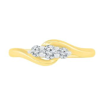 Twist of Love 3 Stone Diamond Ring