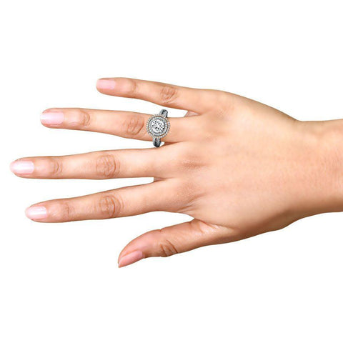 Stylish Engagement Rings in White Gold