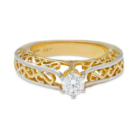 Classic Engagement Rings in Yellow Gold