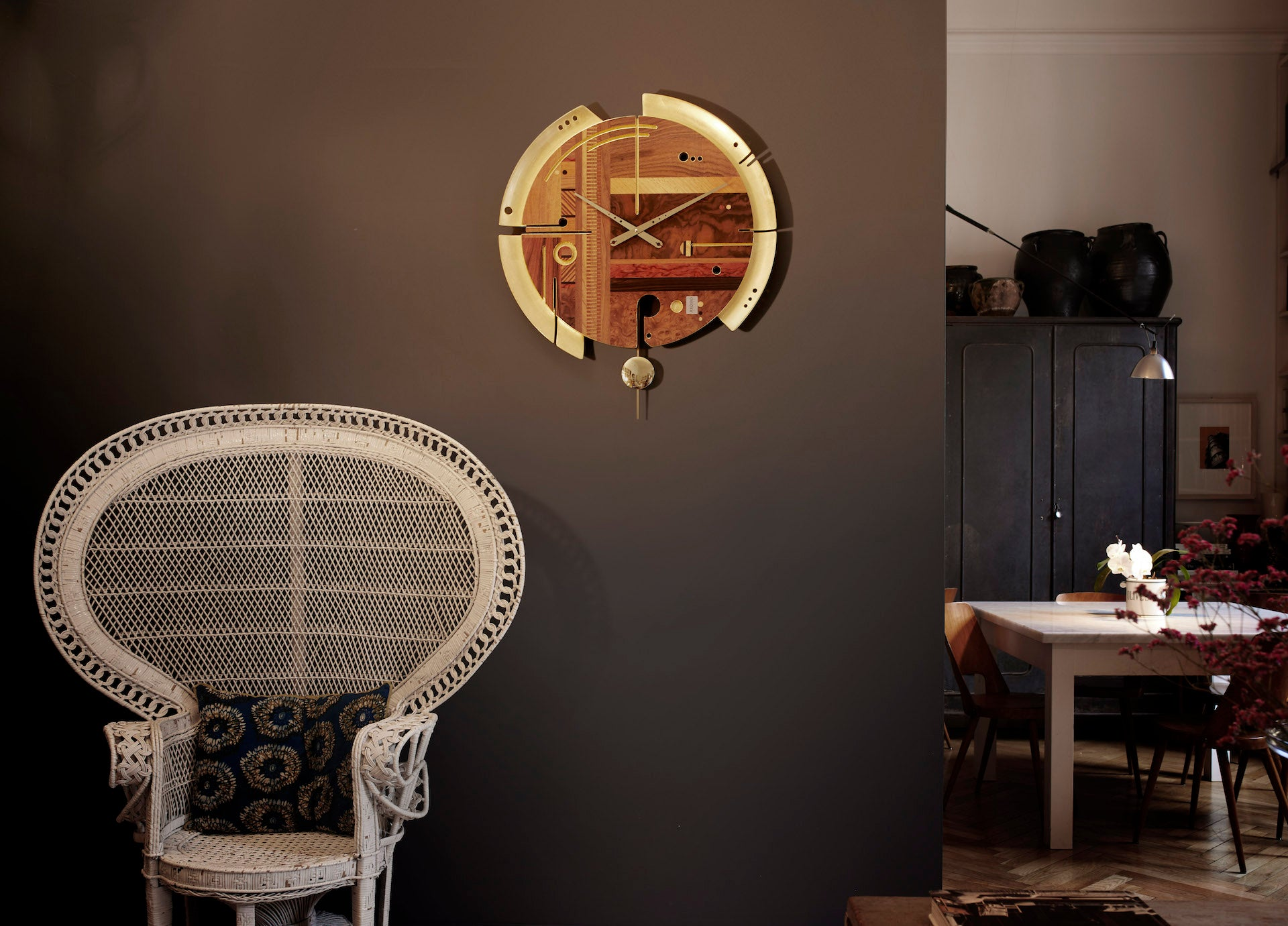 A good idea to enrich your wall - Gold wall clock - expensive clock design - Design Wall Clock by Arosio Milano