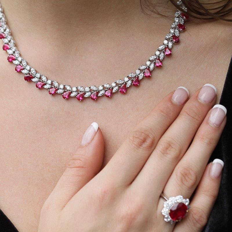 Marguerite Pear Necklace Ruby