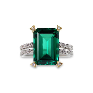 Royal Microset Emerald