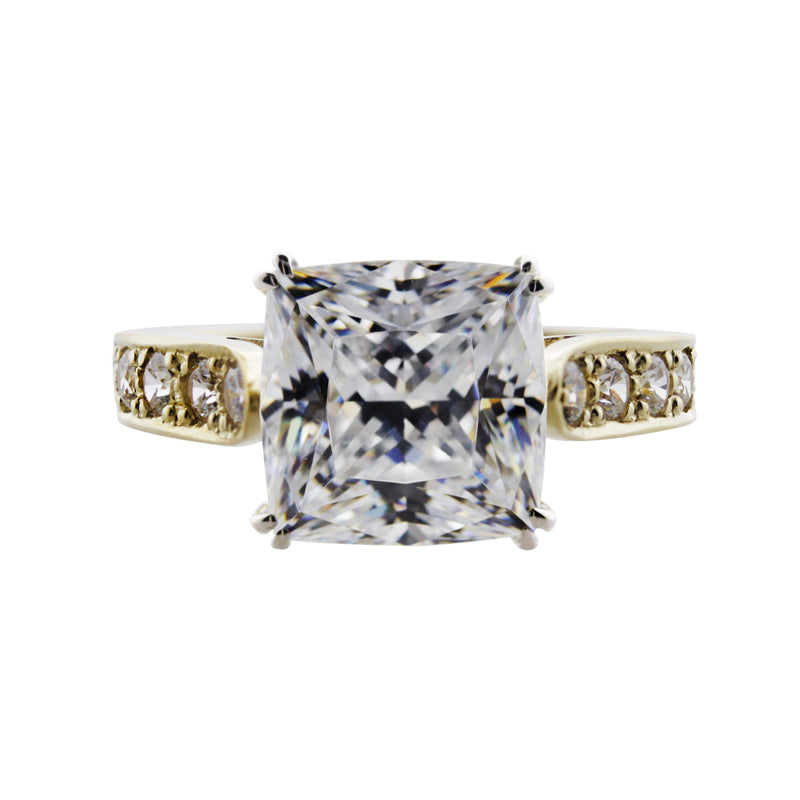 Kelly Enhanced Cushion Ring Yellow Gold