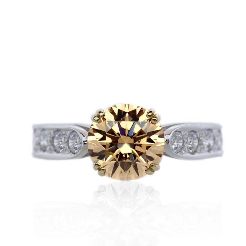 Enhanced Round Solitaire in Champagne