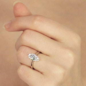 Daisy Knife Edge Marquise Solitaire