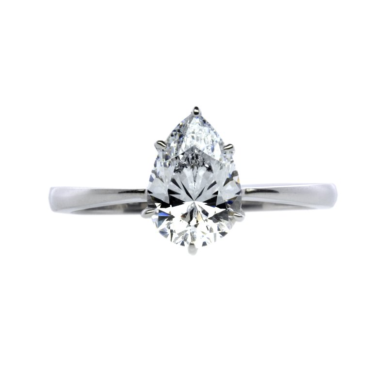 Knife Edge Pear Solitaire