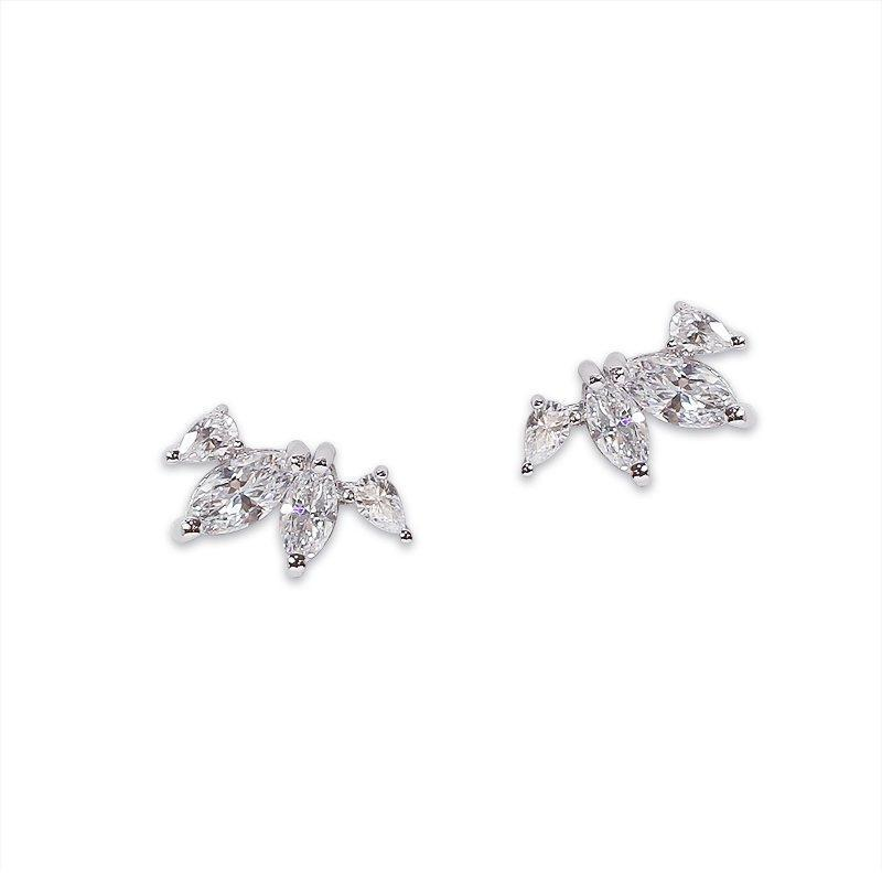 Kira Stud Earrings