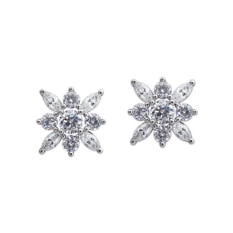 Snowflower Stud Earrings