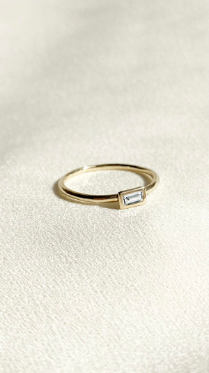 Elin Ring 9K Yellow Gold