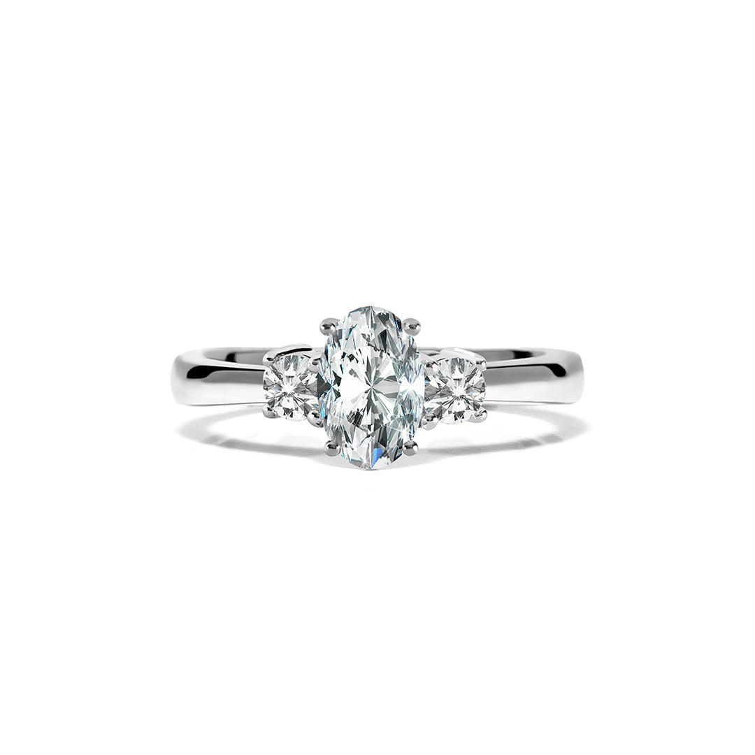Elizabeth Ring 18K White Gold