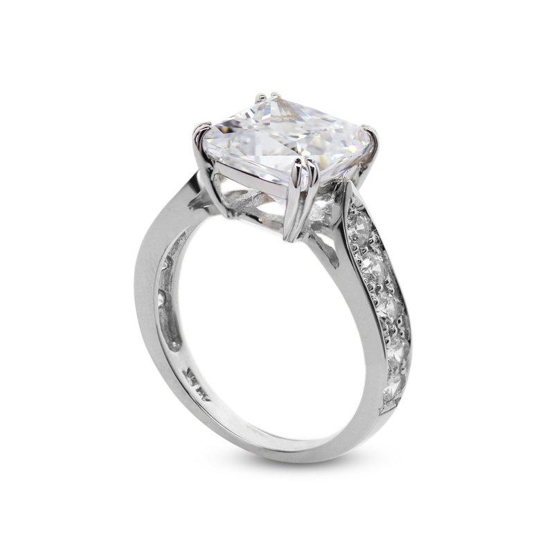 Kelly Enhanced Cushion Ring White Gold
