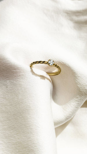 Wrena Ring 9K Yellow Gold