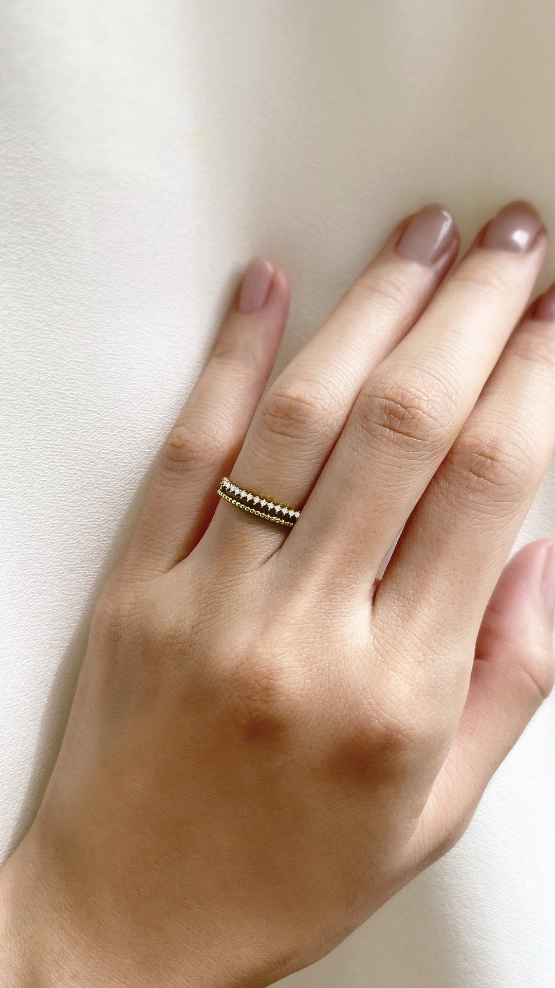 Zina Ring 9K Yellow Gold
