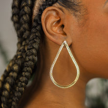 Load image into Gallery viewer, CHAIN HANG LOW HOOPS -14K GOLD FILLED