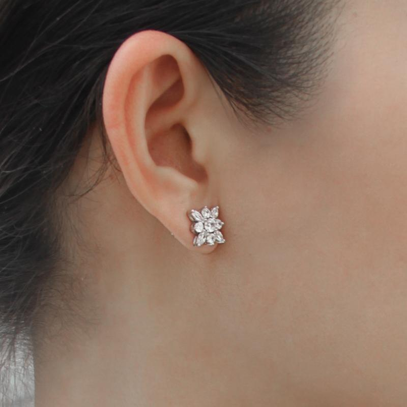 Snowflower Stud Earrings WG