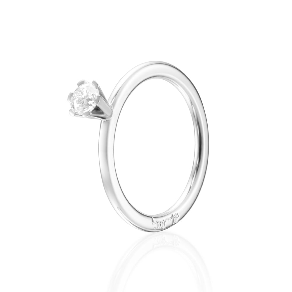 Efva Attling High On Love Ring timanttisormus (0,30 ct)