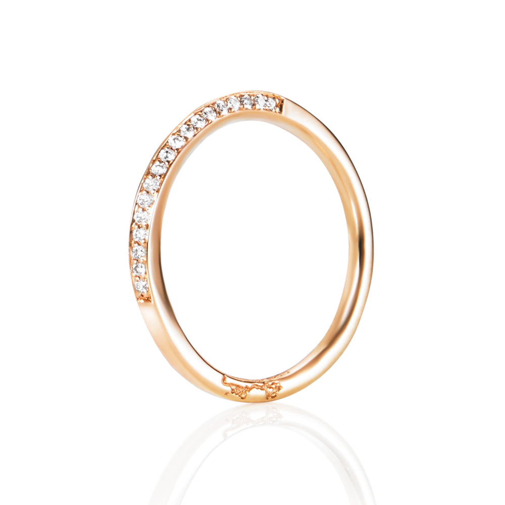 Efva Attling Sparkling Way Ring timanttisormus