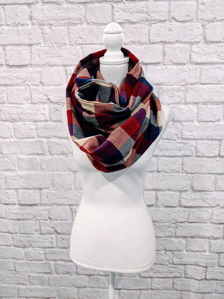 Infinity Scarf w/Hidden Pocket