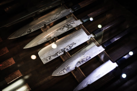 Sharp blades with excellent edges in Australia