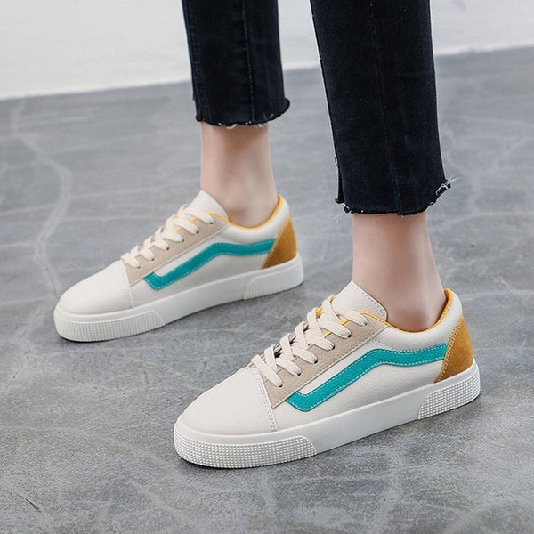 Lace-Up Round Toe Low-Cut Upper Casual Color Block Sneakers